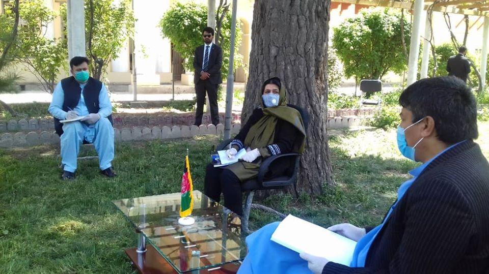 د افغانستان د علومو اکاډمي مشرتابه پلاوي د اطلاعاتو او فرهنګ وزارت له سرپرستې وزيرې آغلې حسينې ساپۍ سره ملاقات وکړ