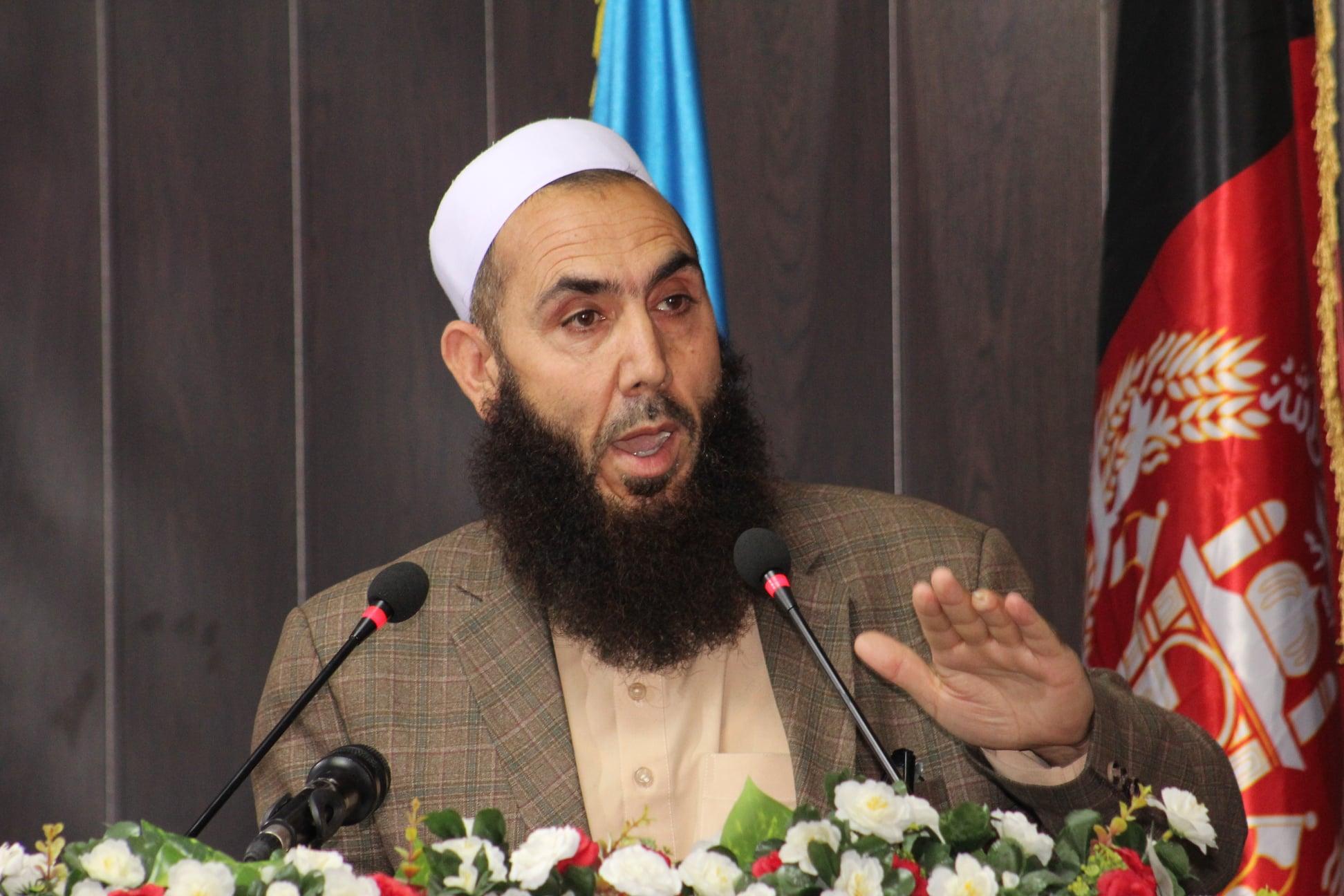 «اسلام د اعتدال او منځلاریتوب دین» علمي- څېړنیز سیمینار ترسره شو